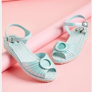Mint colored peep toes sandals